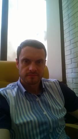 Дмитрий Лозовик