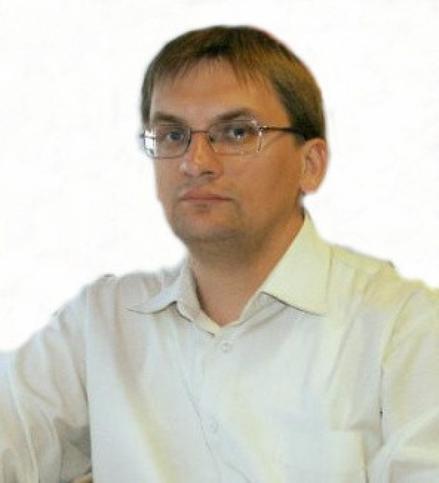 Денис Савельев