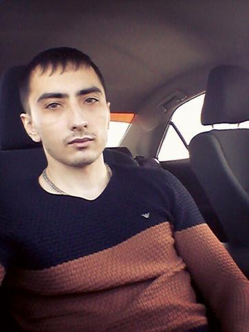 Динар Валиев