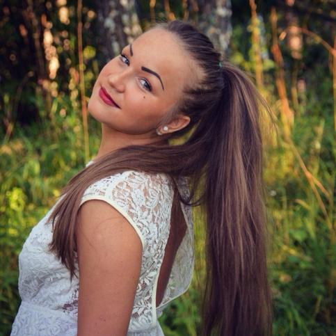 Анна Балаярова