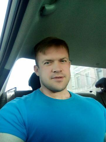 Дмитрий Лавров