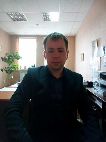 Андрей Комаров