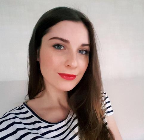 Полина Сидельникова