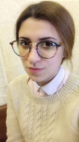 Лаура Николова