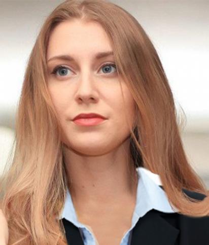 Яна Московских