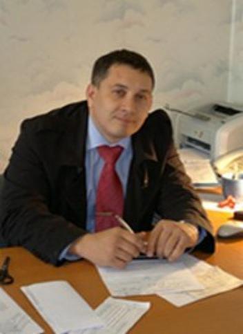 Андриан Карсиев