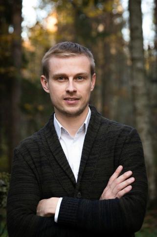 Антон Панков