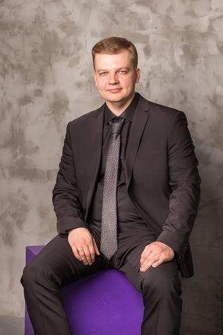 Антон Просвирин