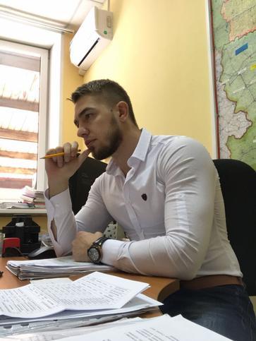 Артем Смолянин