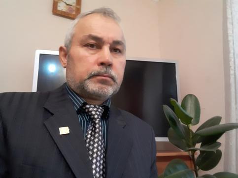 Петр Марков