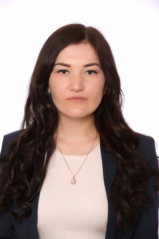 Энже Бадахшанова