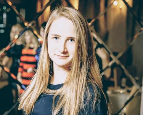 Светлана Крыженкова