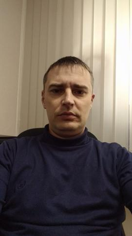 Анатолий Садыхов