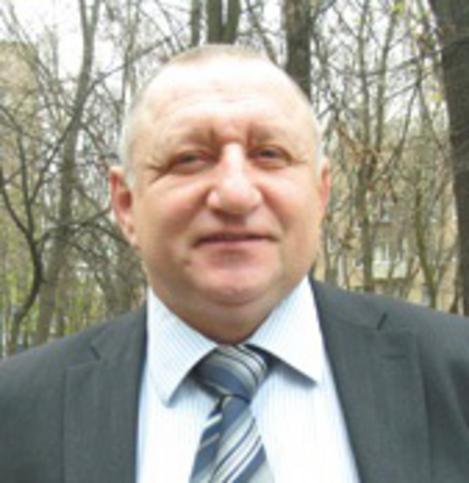 Илья Костромов