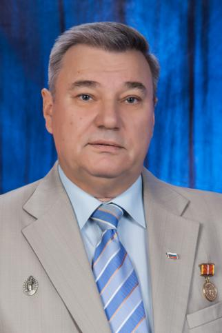 Илья Дементеев