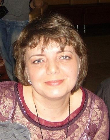Елена Страхова