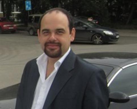 Максим Крохалев