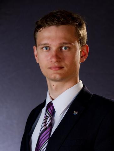 Александр Манухин