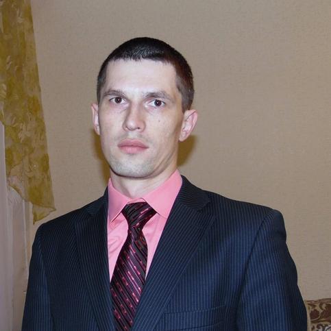 Евгений Савенко