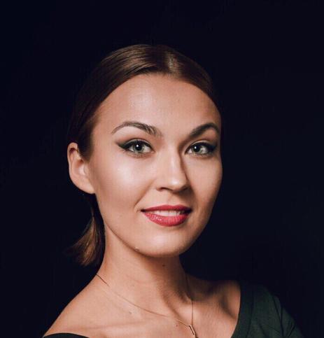 Алина Воскобойник